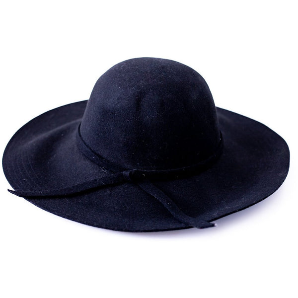 Black felt hat - Sarah Urban