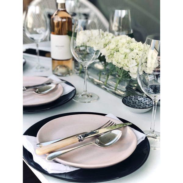 Table Setting - Dinner for 6 - Sarah Urban