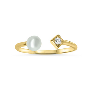 Open Diamond Motif and Fresh Water Pearl