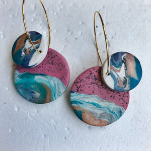 Signature Double Dangles (It Comes and Grows in Waves)