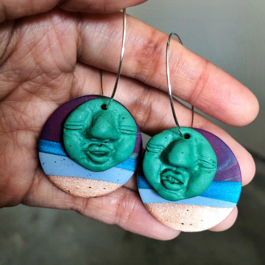 Signature Peep Double Dangles (When The Hulk Meets The Hobbit)