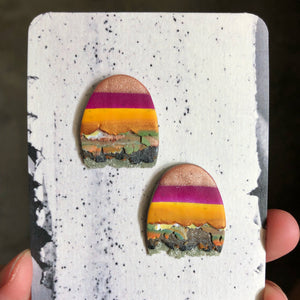 Midi Textured Tac(tile)-Man Statement Studs (Follow The Yellow Brick Road)