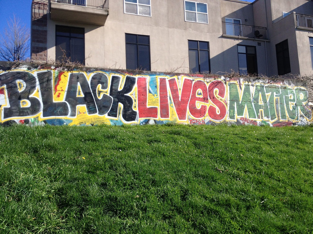 (Do) Black lives matter? The pedagogy of a perpetual problem.