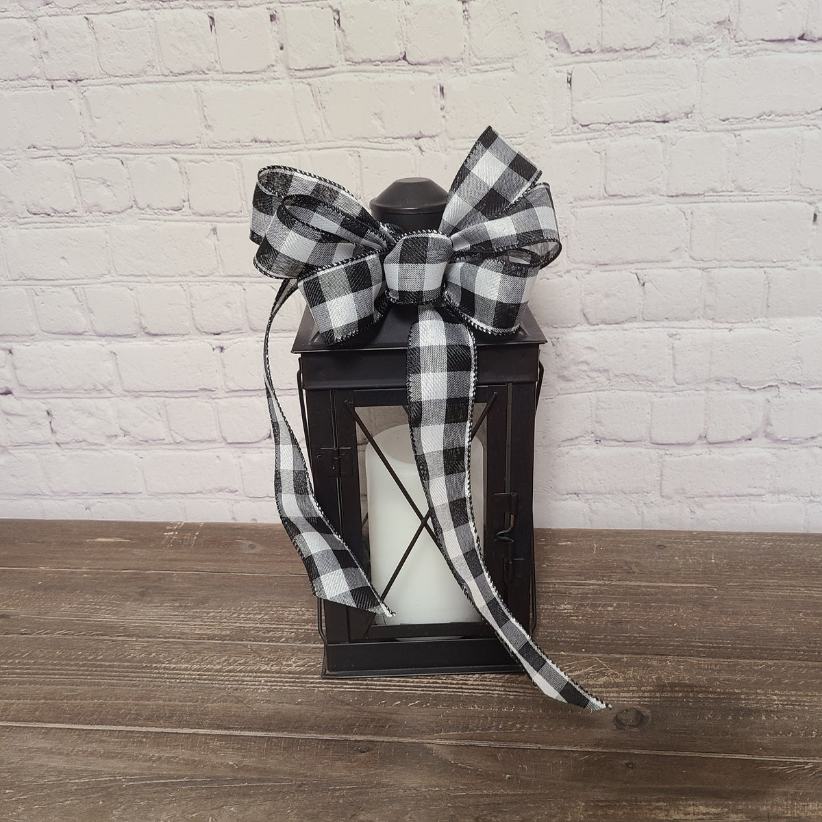 Black Lantern with Plaid Bow