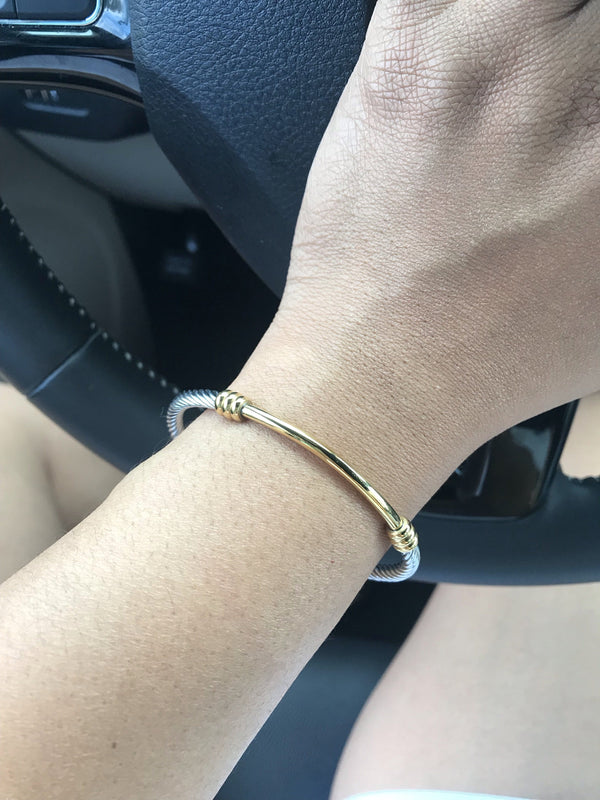 Gold Bar Twist Bracelet