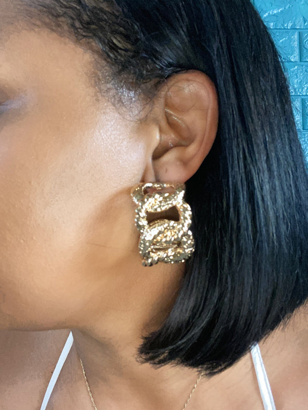 Link Gold Earrings