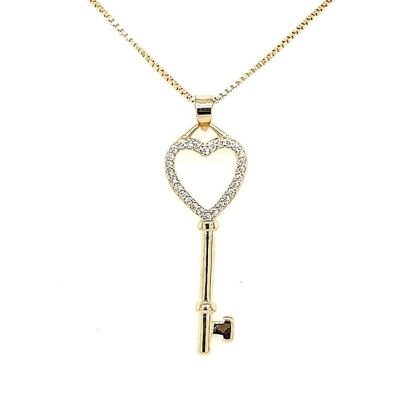 Key Pendant Necklace in 18k gold plated