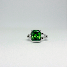 Afbeelding in Gallery-weergave laden, Stone of Energy Ring - Tourmaline (925 Sterling Silver or Gold Plated) - Wolff Jewellery