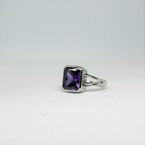 Stone of Protection Ring - Amethyst (925 Sterling Silver or Gold Plated) - Wolff Jewellery