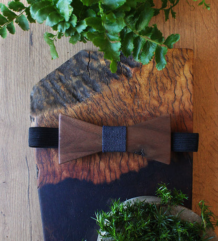 Batwing Wood Bow Tie With Dark Denim Accent