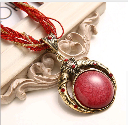 Bohemian Retro Red Multilayer Crystal Grain and Stone Necklace