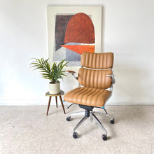 Load image into Gallery viewer, Trenton Caramel Office Chair