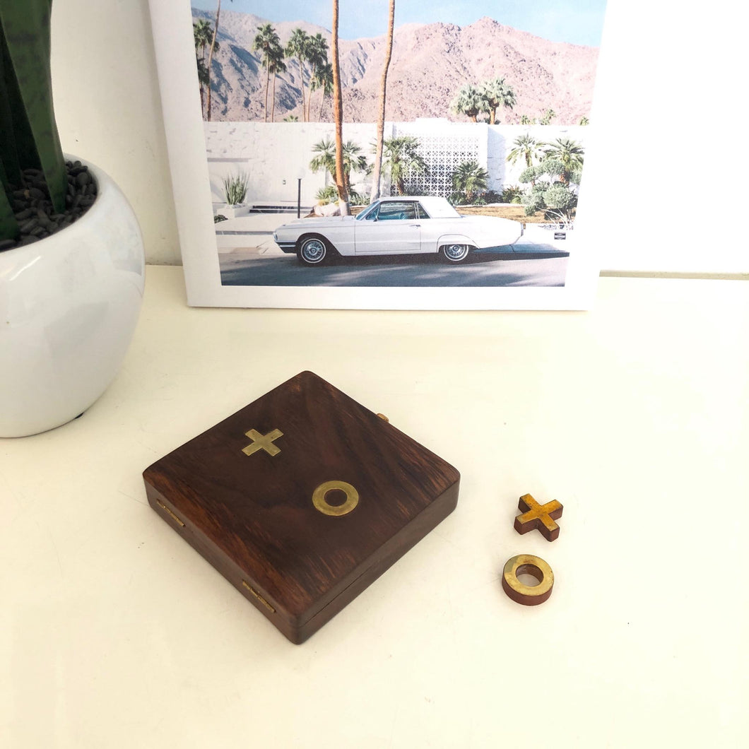 Tick Tac Toe with/brass pieces