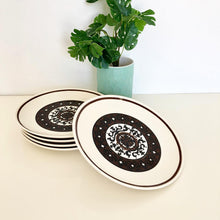 Load image into Gallery viewer, Set of 5 Cavalier Iron Stone Dinner Plates