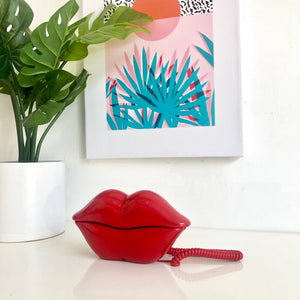 1980's Style Lips Phone
