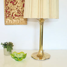 Load image into Gallery viewer, Brass Laurel Lamp