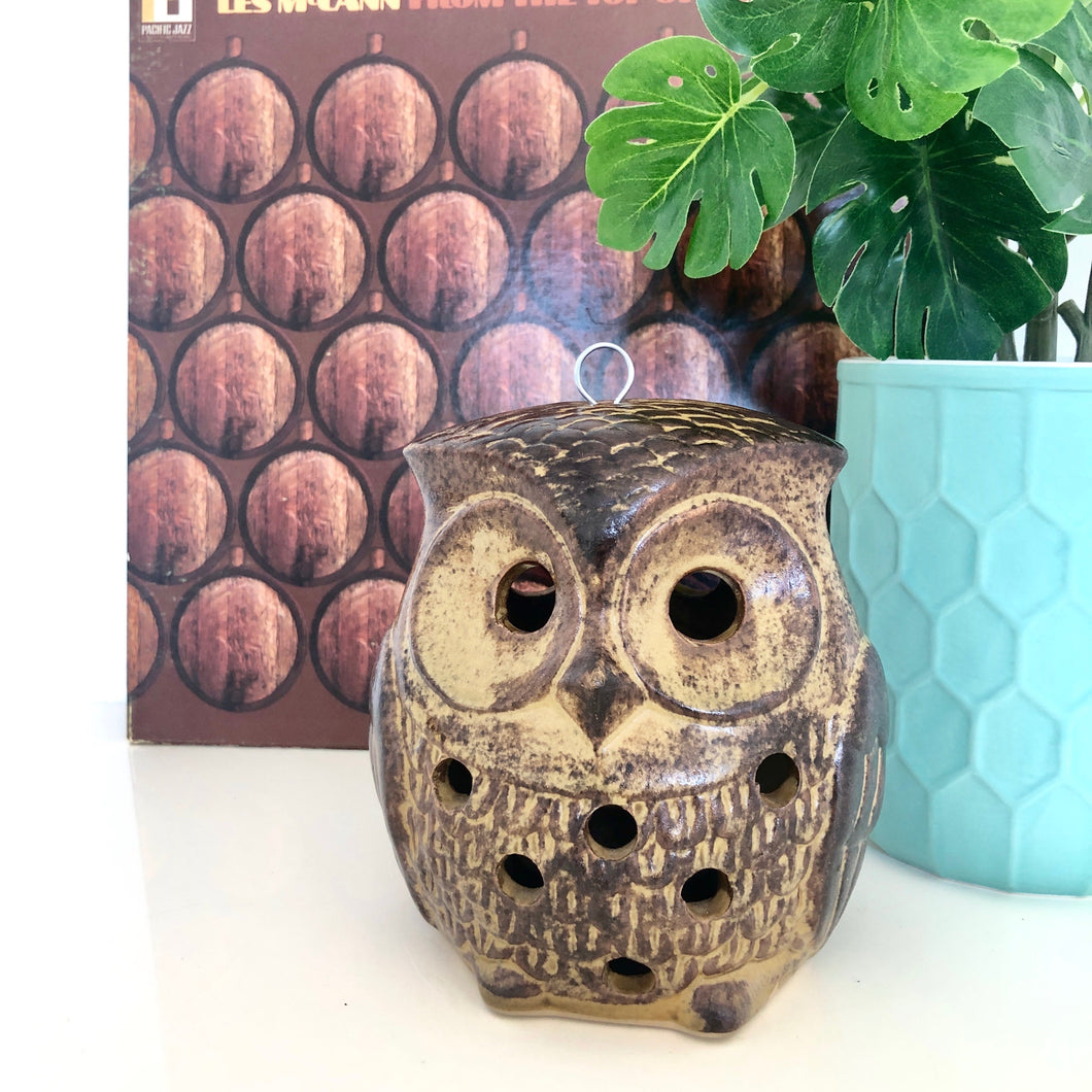 Hanging owl candle holder