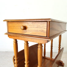 Load image into Gallery viewer, Vintage Oak End Table
