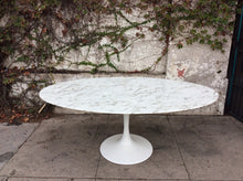 "Load image into Gallery viewer, Daisy Faux Marble 78"" Oval Pedestal Dining Table"