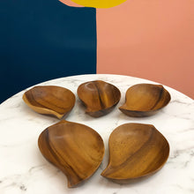 Load image into Gallery viewer, Set of 5  Teak Leaf Snack Trays