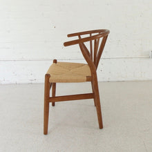 Load image into Gallery viewer, Westley Spindle Chair