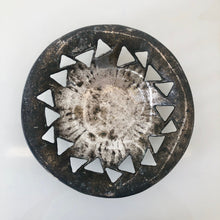 Load image into Gallery viewer, Brass Brutalist Decorative plate