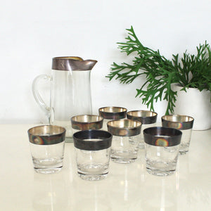 Set of 9  Dorothy Thorpe Glasses and Pitcher