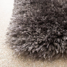 Load image into Gallery viewer, Comfy Soft Grey Shag Rug