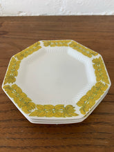 Load image into Gallery viewer, Yellow Vintage Trim Octagon Plates