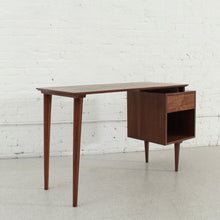 Load image into Gallery viewer, Sunbeam Exclusive Montgomery Desk