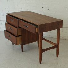 Load image into Gallery viewer, BP John Single Pedestal Desk