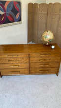 Load image into Gallery viewer, Johnson Furniture Dresser