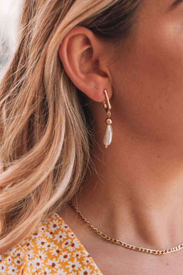 Freshwater Earrings - Gold