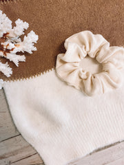Samantha Scrunchie - White