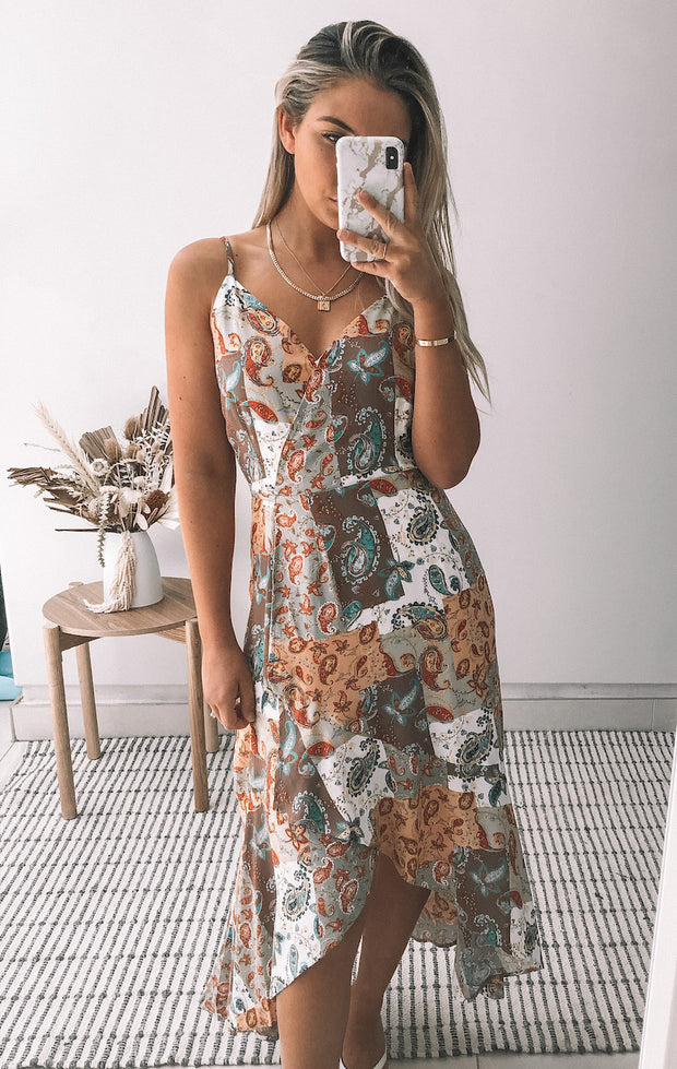 Yarning Dress - Print