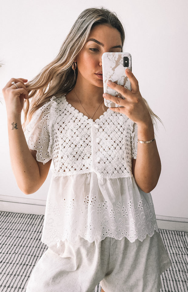 Rustic Pearl Top - White