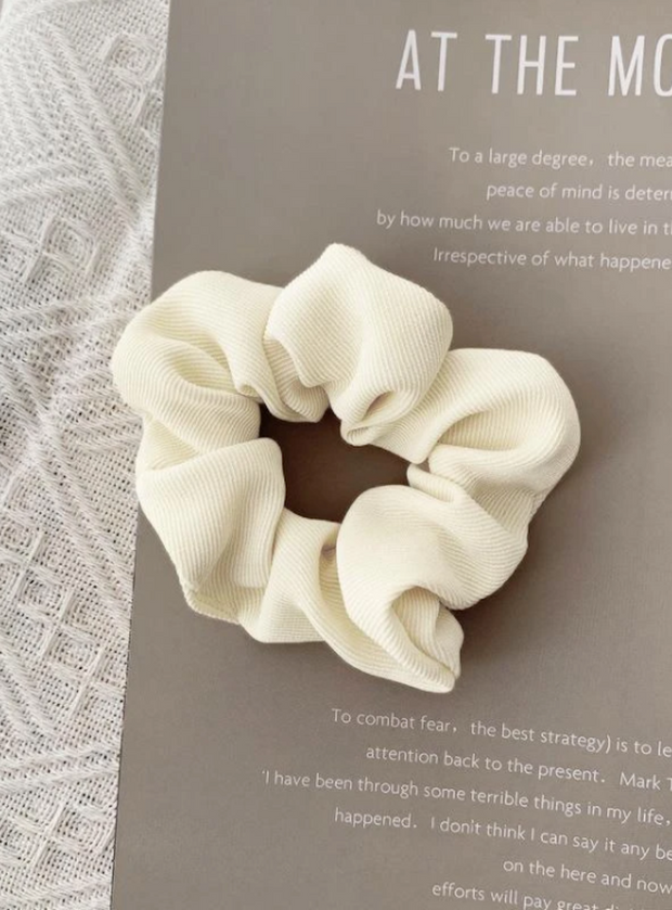 Samantha Scrunchie - White-Accessories-Womens Accessory-ESTHER & CO.