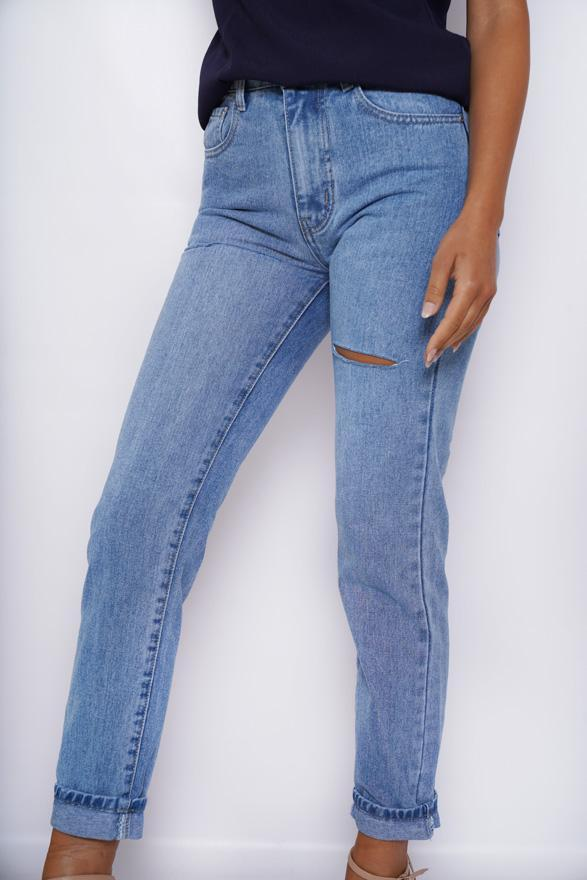 Ease Jeans - Light Blue-Jeans-Womens Clothing-ESTHER & CO.