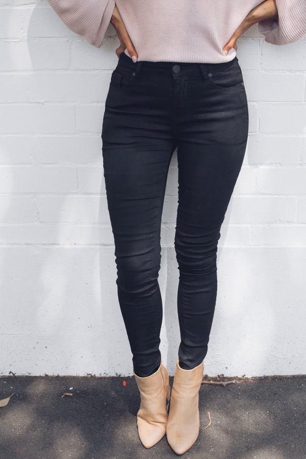 Yael Jeans - Black-Jeans-maxim maxim-ESTHER & CO.