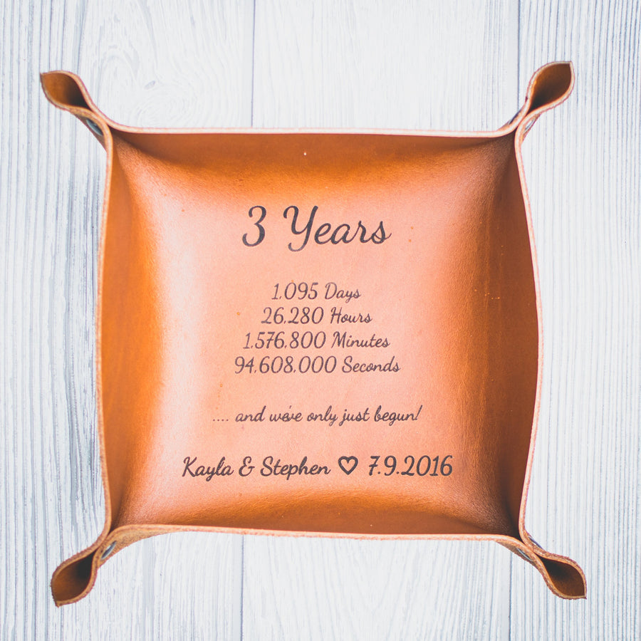Personalized Leather Valet tray Script Anniversary Edition - Catchall Tray