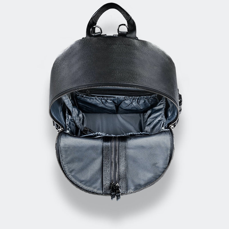 ONE NINE Nappy Backpack compartments