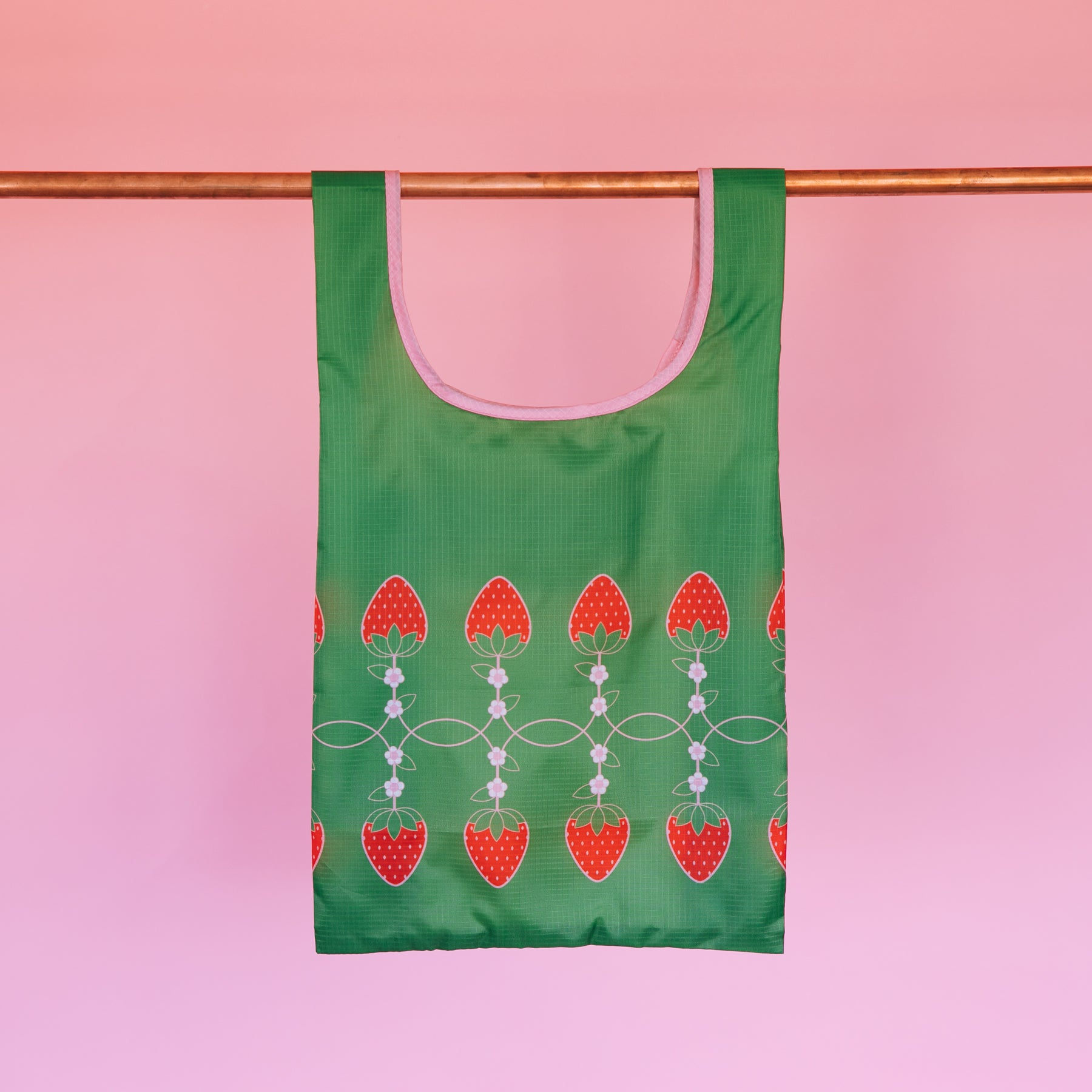 Tuck Tote Bag - Strawberries