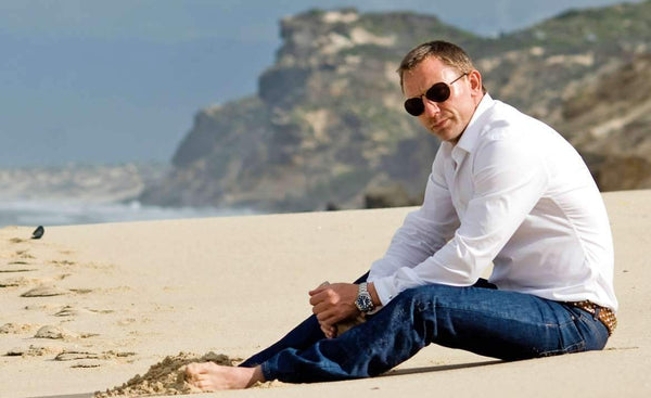 Learn How To Dress Like Daniel Craig With This Style Guide