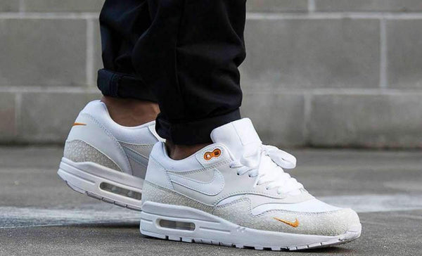Nike Air Max 1 Safari White Kumquat PRM|Nike Air Max 1 Safari White Kumquat PRM|Nike Air Max 1 Premium Black Bonsai Safari|