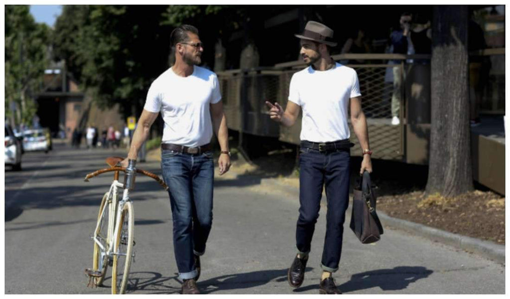 ef181c4ba43 Wondering What to Wear with a Pair Your Dark Blue Jeans
