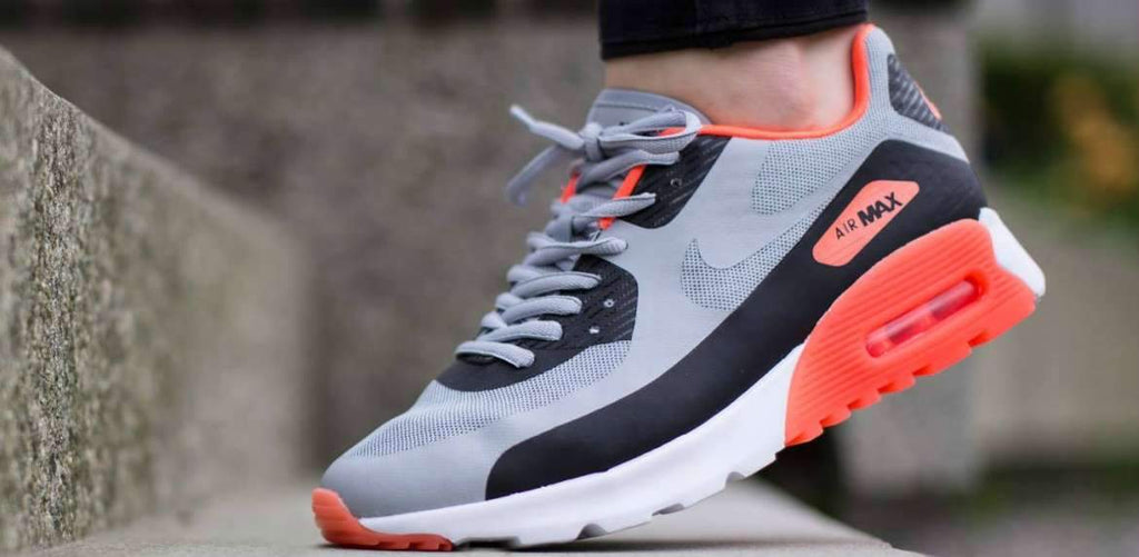 purchase cheap 4fd1a aef5b How to Wear Nike Air Max 90 s