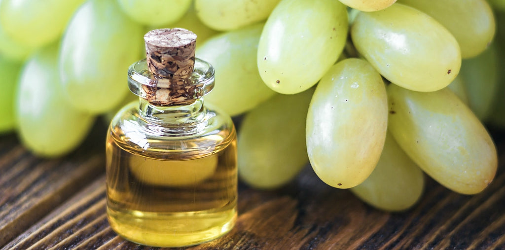|grape-seed-oil|grape-seed-oil-skin-care|Grapeseed-Oil-seeds|Benefits-grapeseed-oil-skincare-health-mens