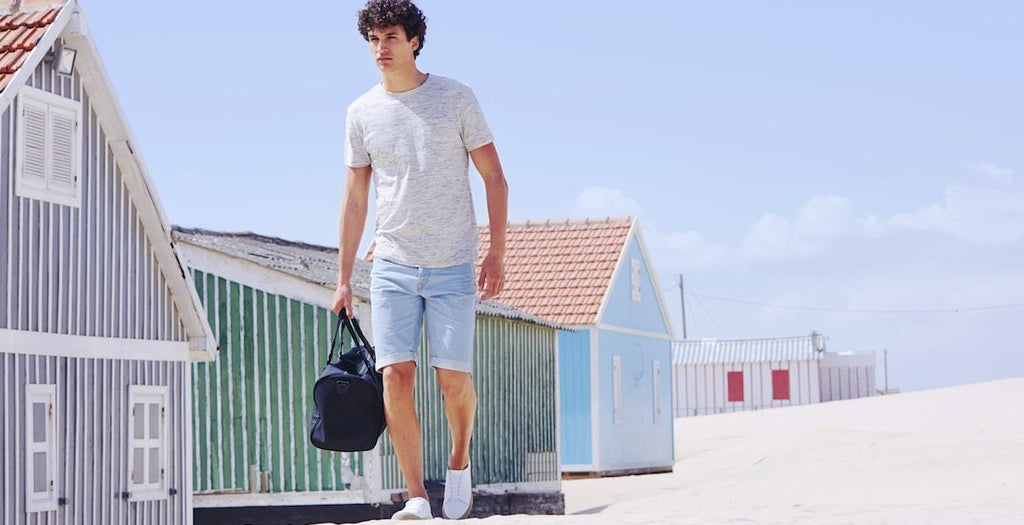 How to Wear Denim Shorts in Style this Summer