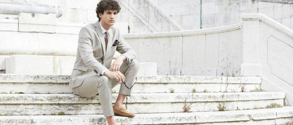 How to Choose and Style a Summer Wedding Suit