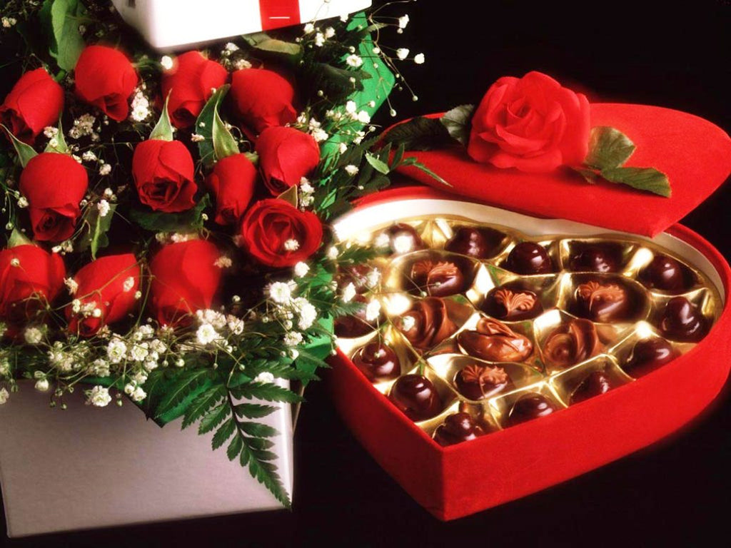 What To Buy Your Girlfriend For Valentine S Day 2016